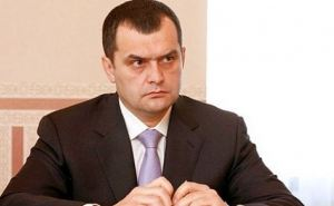 Захарченко запретил своим подчиненным применять силу против участников акций