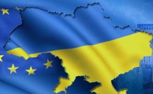 Первопричина кризиса на Украине— это фашисты, олигархи и западная экспансия. —The Guardian