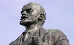 Ленин попал в немилость: в Полтавской области изуродовали сразу два памятника (фото)