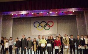 Ведущие и перспективные спортсмены Луганска рассказали, на что потратят свою стипендию