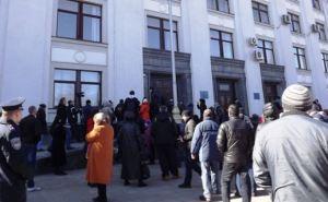 По факту препятствования в Луганске деятельности журналистов открыто уголовное производство
