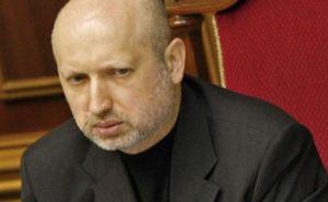 Турчинов требует уволить начальников ГУМВД в Луганской и Донецкой областях