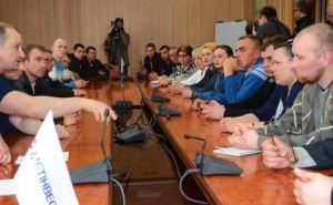 Шахты Краснодона работают стабильно: зарплаты повышены, переговоры администрации и группы доверия продолжаются
