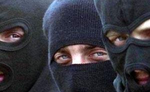 На блокпосту в Луганске стреляли: убит водитель авто