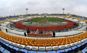 Властям сейчас не до футбола, или Почему откладывается реконструкция луганского стадиона «Авангард»?