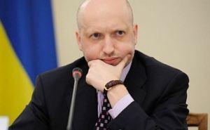 На Донбассе могут ввести военное положение, если мирный план не будет поддержан. —Турчинов