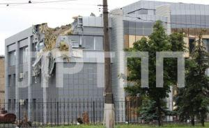 Последствия артобстрела в Луганске (фоторепортаж)