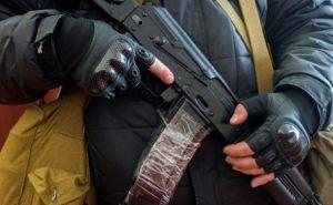 В Луганске вооруженные люди захватили областное Госказначейство