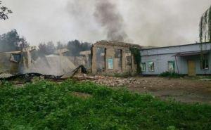 В Луганске под артобстрел попали 20 объектов (список)