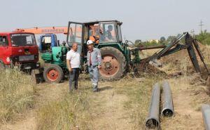 В Молодогвардейске строят альтернативный водопровод (фото)