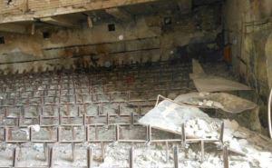 Боевые действия в Луганской области: разрушенный Дом культуры в Новосветловке (фото)
