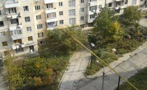В Донецке в районе улицы Листопрокатчиков слышны громкие взрывы (фото)