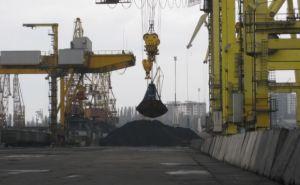 Первая партия африканского угля уже прибыла в Украину (фото)