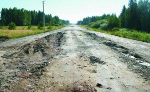 Ситуация в Луганске и области: слышны взрывы, работа артиллерии, в районе Стаханова видели самолет