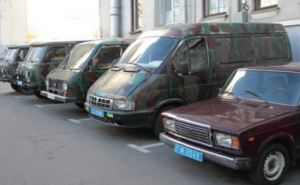 В зону АТО поехали пять милицейских машин из Харькова