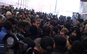 На «Барабашово» снова митинг. Протестующие настроены радикально