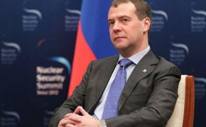 Медведев рассказал, как Россия будет строить отношения с Украиной