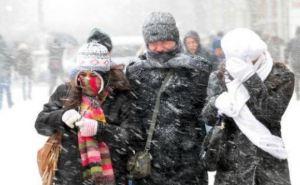 Из-за снега, гололеда и ветра без света остались 516 населенных пунктов в 9 областях Украины