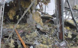 В Донецке снаряд попал в остановку. Один человек погиб, шесть— ранены. —Местные жители (фото)