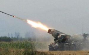 Под обстрел попали несколько населенных пунктов в Луганской и Донецкой областях