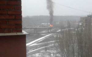 Последствия обстрела моста в Донецке (фото)