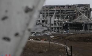 Донецкий аэропорт: месяц после окончания военных действий (фоторепортаж)