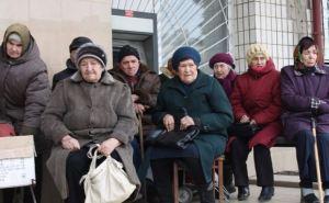 Гуманитарный штаб Рината Ахметова доставил более 3000 продуктовых наборов в Краснодонский район
