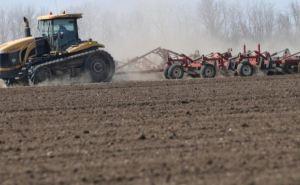 В Луганской области начались весенне-полевые работы