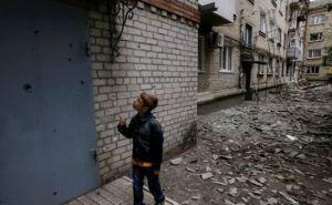 В самопровозглашенной ЛНР заявили, что из-за боевых действий повреждены более 10 тысяч частных домов