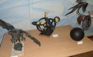 В Луганске студенты на выставке раскрыли светлые стороны человеческой личности