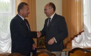 Руководители Луганска и Костромы подписали соглашение о сотрудничестве