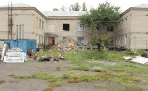 В ЛНР обещают восстановить разрушенную школу в Хрящеватом к 1сентября (фото)