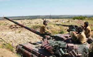 В самопровозглашенной ЛНР заявили, что Украина саботирует отвод тяжелого вооружения