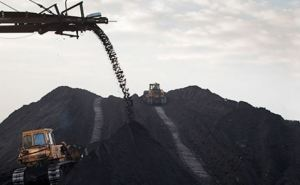 Украинские власти согласовали схему вывоза угля из зоны АТО через Россию