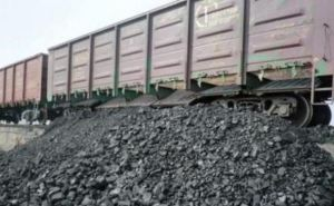 Украина за неделю накопила 150 тысяч тонн угля для отопительного сезона