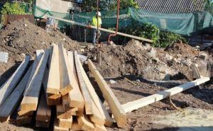 В Хрящеватом и Чернухино начали строить дома взамен разрушенных обстрелами