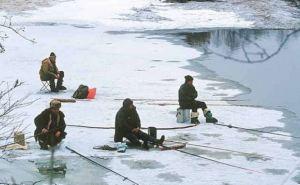 С 1ноября ловить рыбу можно будет только с берега