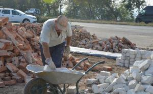 На Донбассе продолжаются ремонтно-восстановительные работы (фото)