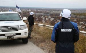 Пункт пропуска Станица-Луганск: за час пропускают 9 человек, еще 300 ждет в очереди