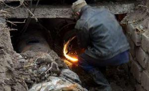 В Луганске меняют аварийные участки теплотрасс (адреса)