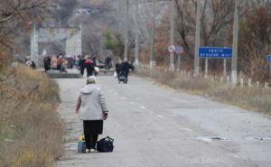 Через пункт пропуска в Станице Луганской ежедневно проходят около 2,5 тысяч человек