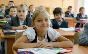 С понедельника в харьковских школах возобновятся занятия