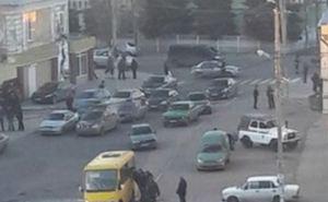 В Макеевке в маршрутку бросили гранату