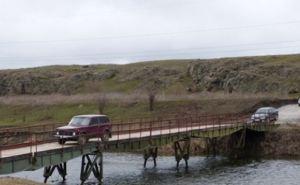 В Павлополе восстановили мост через реку Кальмиус