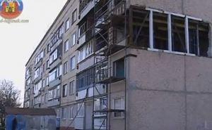 В поселке Тепличное восстанавливают разрушенную пятиэтажку (видео)