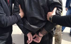 В Харькове на взятке в 80 тысяч гривен задержали военного комиссара