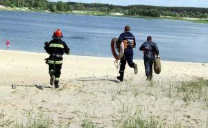 Северодонецкие спасатели провели учения на озере Чистое (фото)