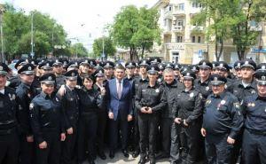 В Мариуполе заступила на службу новая патрульная полиция (фото)