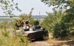 В самопровозглашенной ЛНР объяснили появление военной техники на улицах