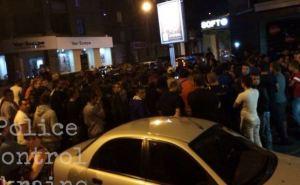 Харьковчане перекрыли улицу, где произошло смертельное ДТП с участием полицейских